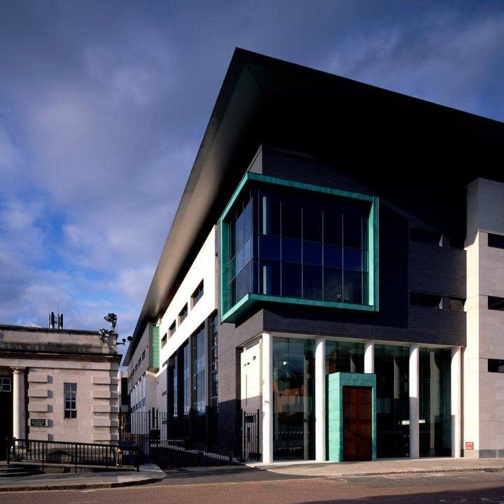 Bar Library, Belfast