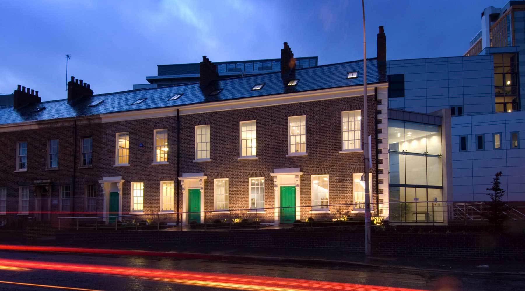 RMI Architects Macmillan Cancer Centre